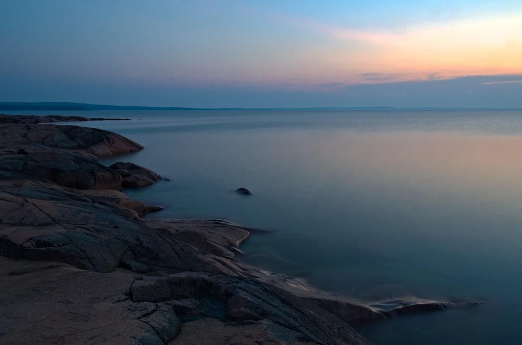 Lång exponering över Lumparns klippor  på Åland. Photographic Steps.